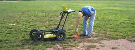 Using ground penetrating radar to detect buried objects